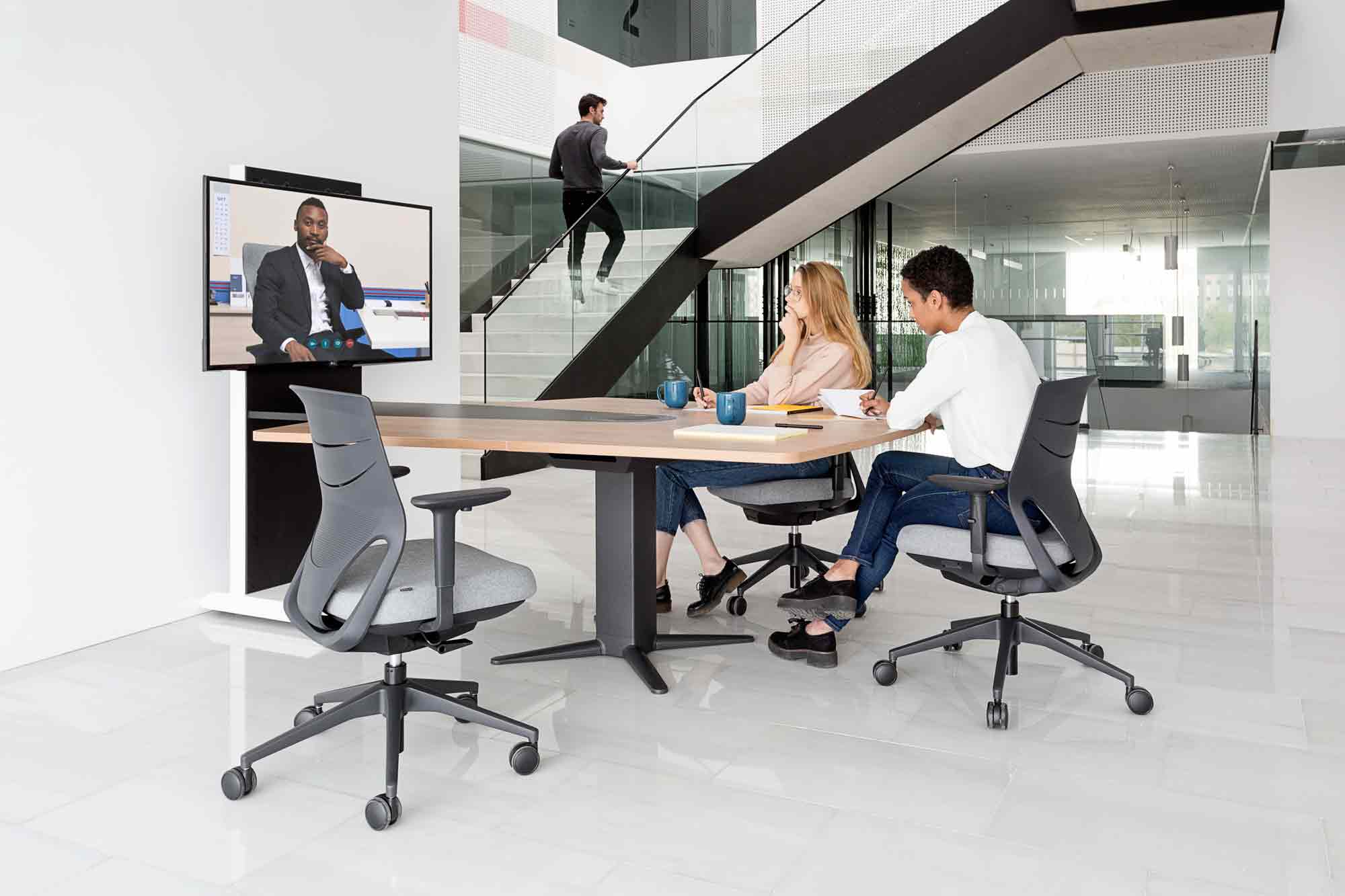 desk power executive operative video conference meeting tables efit chair black technology highclass design modern adjustable quality style excellence masof actiu