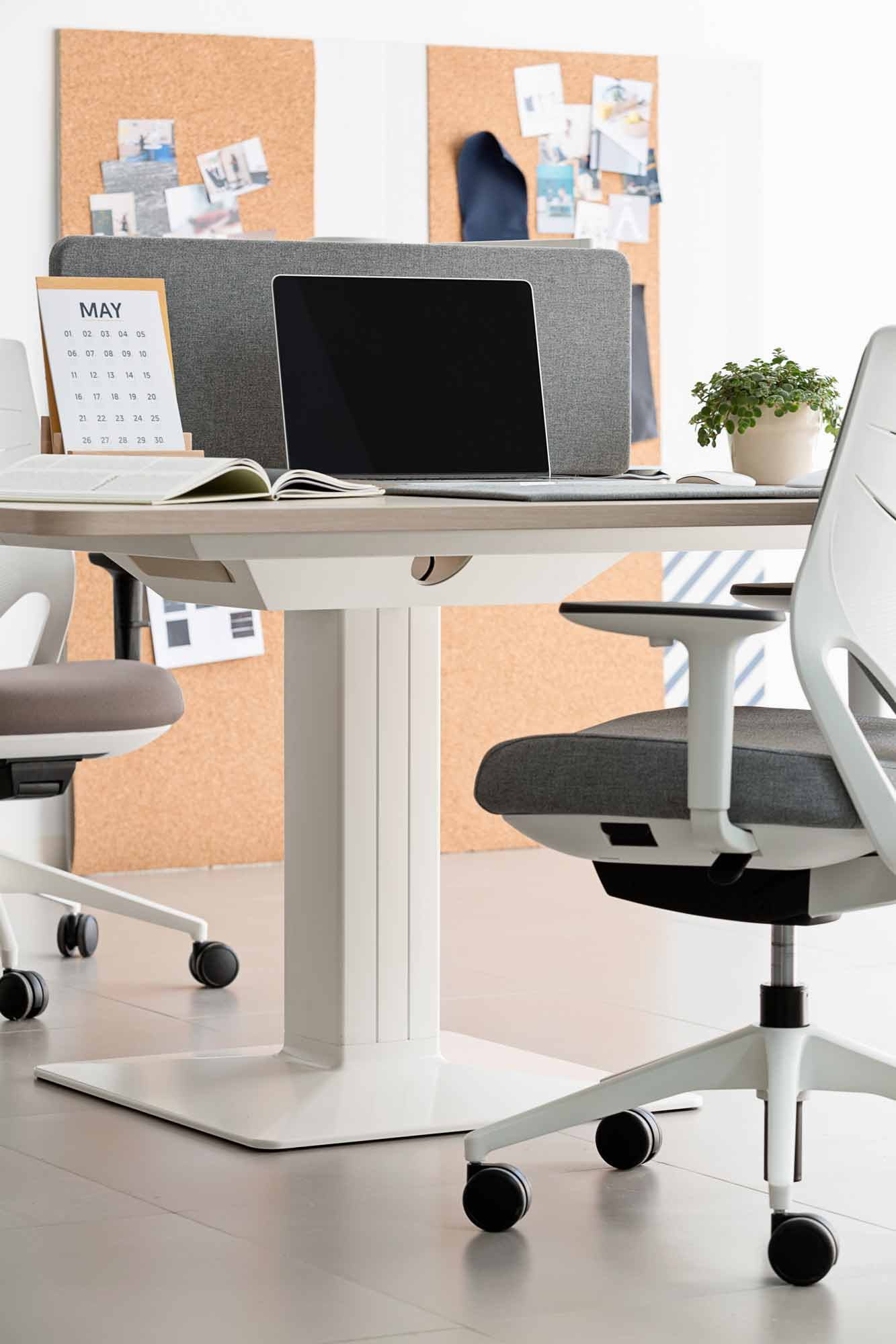 desk power operative executive tables efit chair white grey mobility cabinets design height colorful adjustable personal computer laptop workplace sharing masof actiu