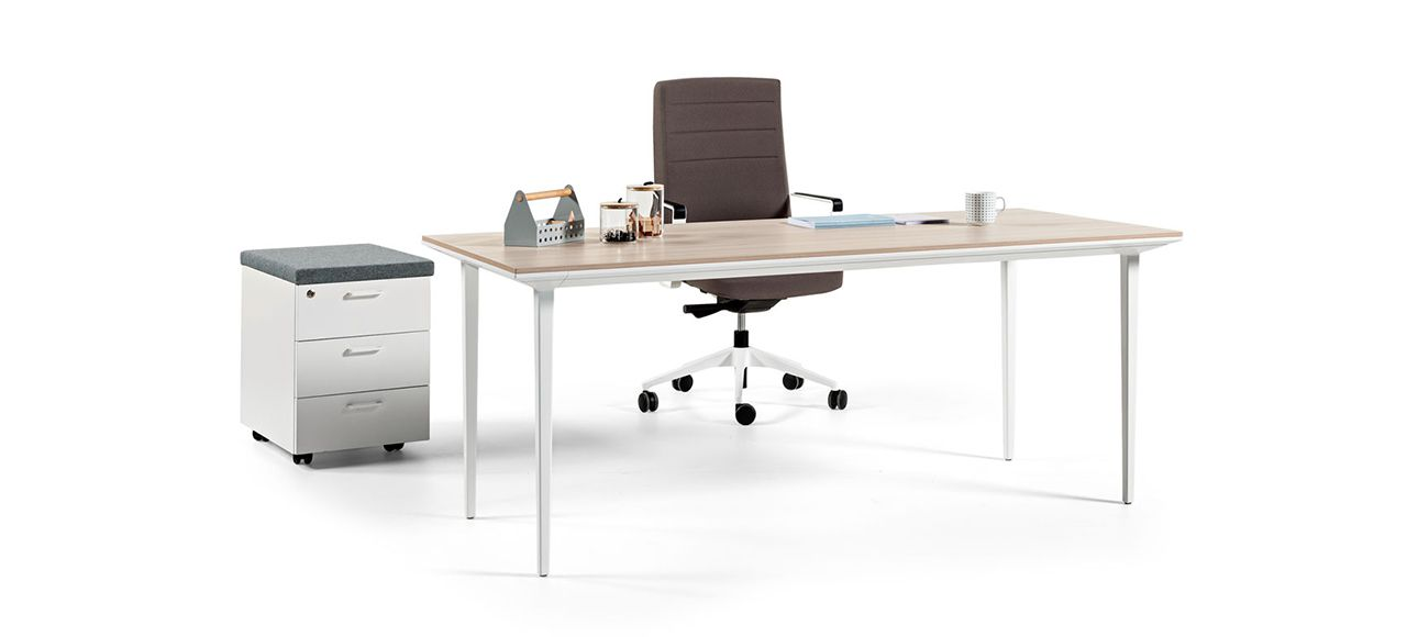 longo desk cover