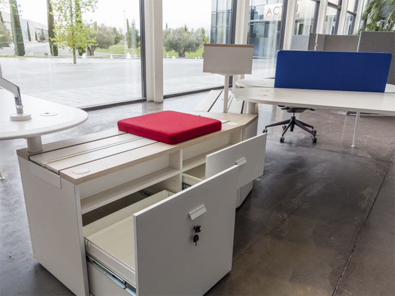 desk twist spine tables white blue colorful cabinets seats seating modular technology system adaptable unique contemporary office modern organic aesthetic concept masof actiu