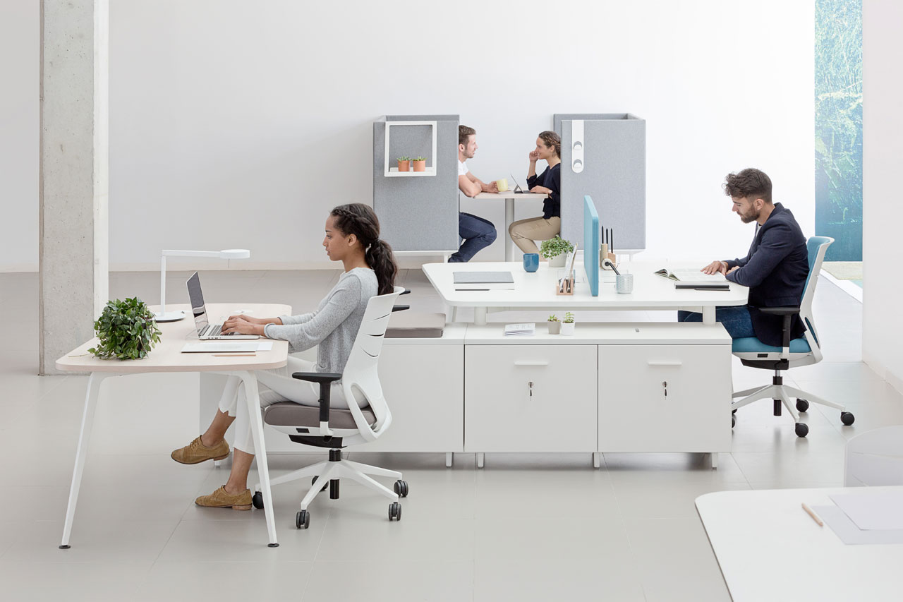 desk twist spine tables white efit white grey blue peana coffe cabinets technology system adaptable contemporary office modern organic organization connecting concept masof actiu