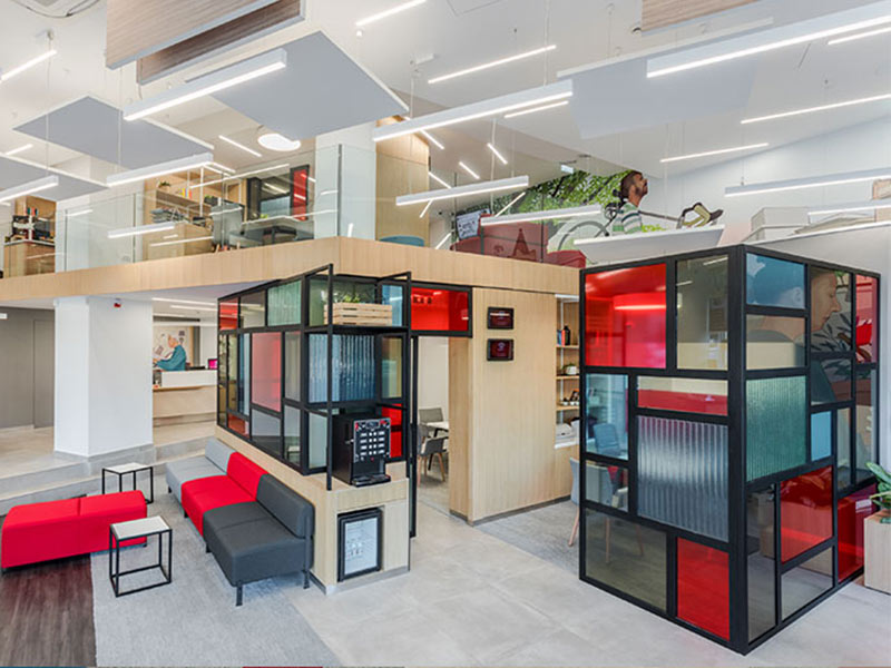 meeting-rooms-with-colourful-and-geometric-glass-partitions.jpg